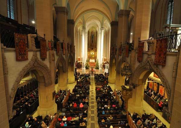 Biserica-Neagra-Brasov-1
