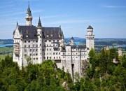 """Călătoreşti spre Munchen? Trebuie să vizitezi cele 3 castele incredibile ale """"regelui nebun"""""""