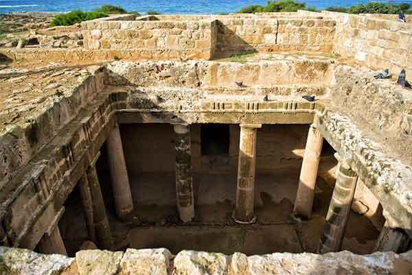 Mormintele regilor din Paphos